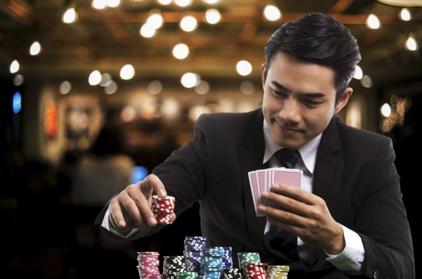 賭けるギャンブラー