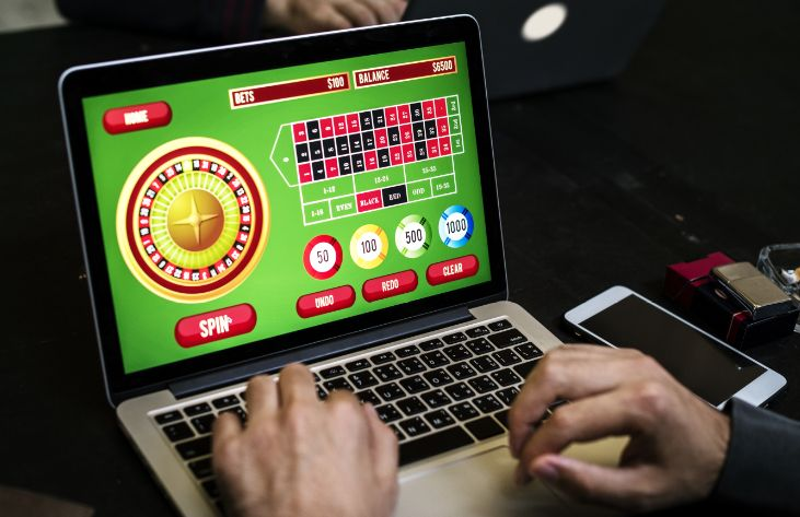 パソコンでオンラインカジノをプレイ