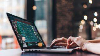 パソコンとオンラインカジノ