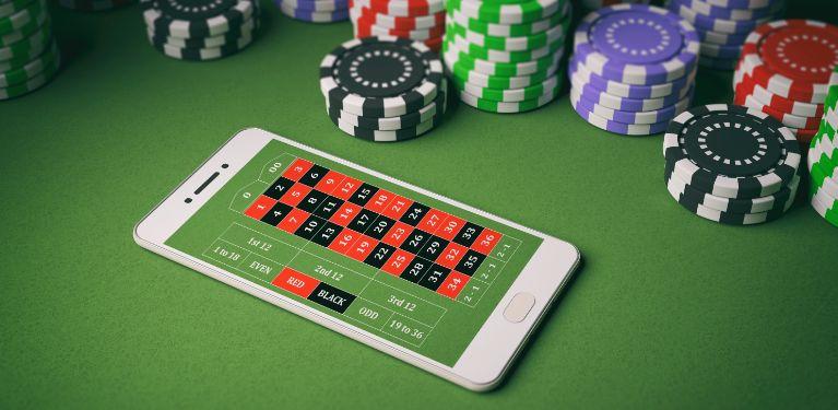 カジノテーブルとタブレット