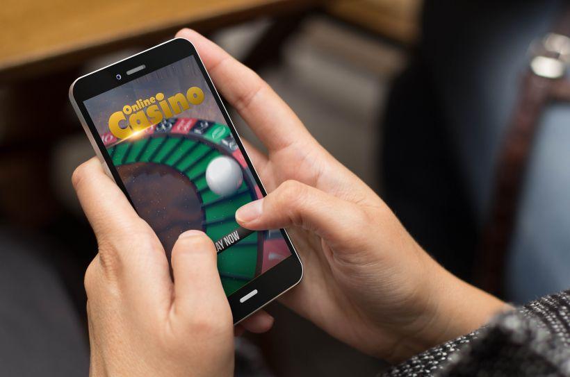 スマートフォンでオンラインカジノをプレイする手
