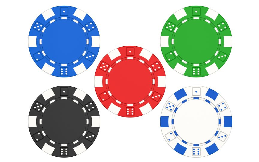 並べられたカジノチップ